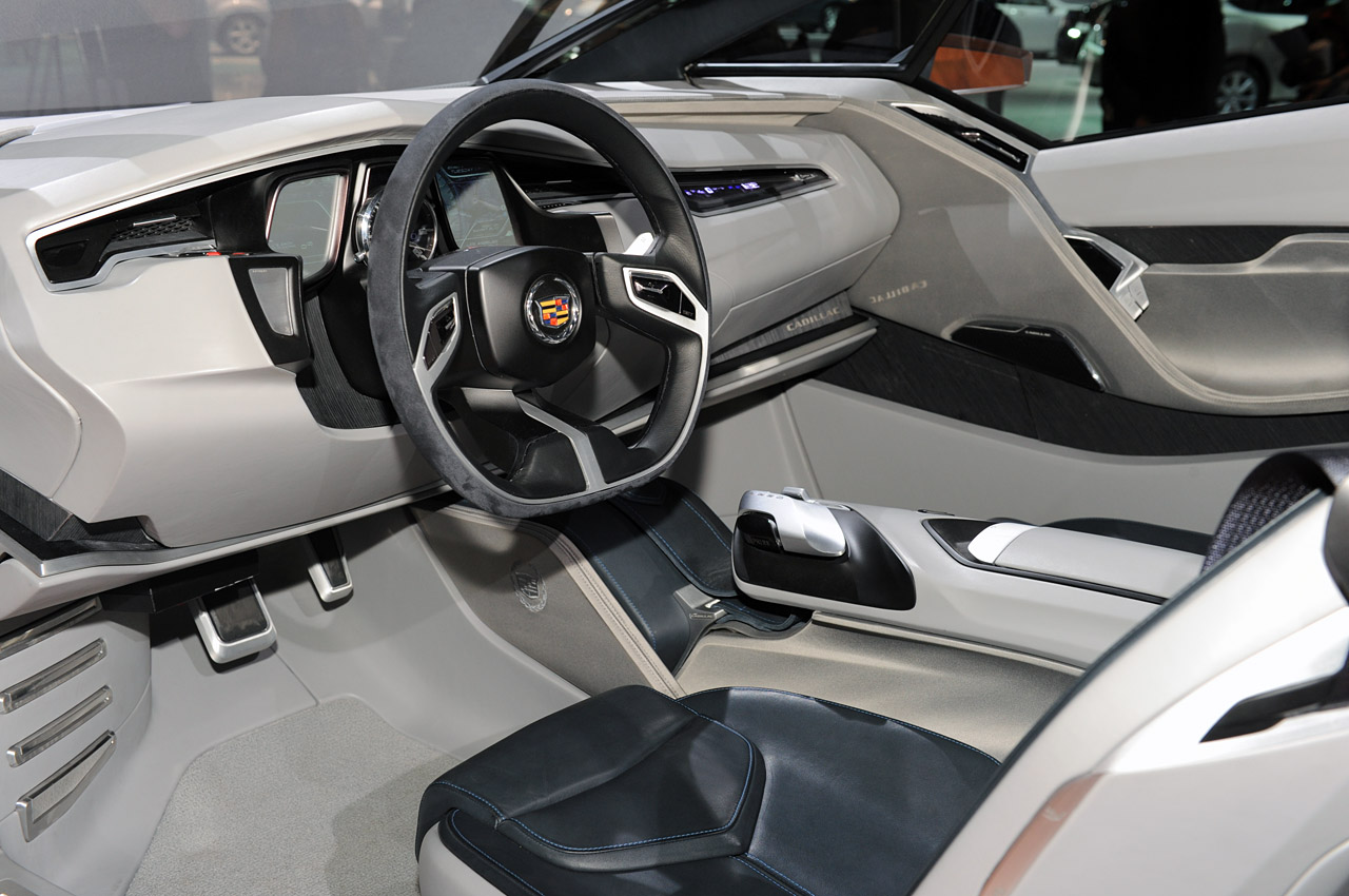 17-cadillac-urban-luxury-concept-1290017389