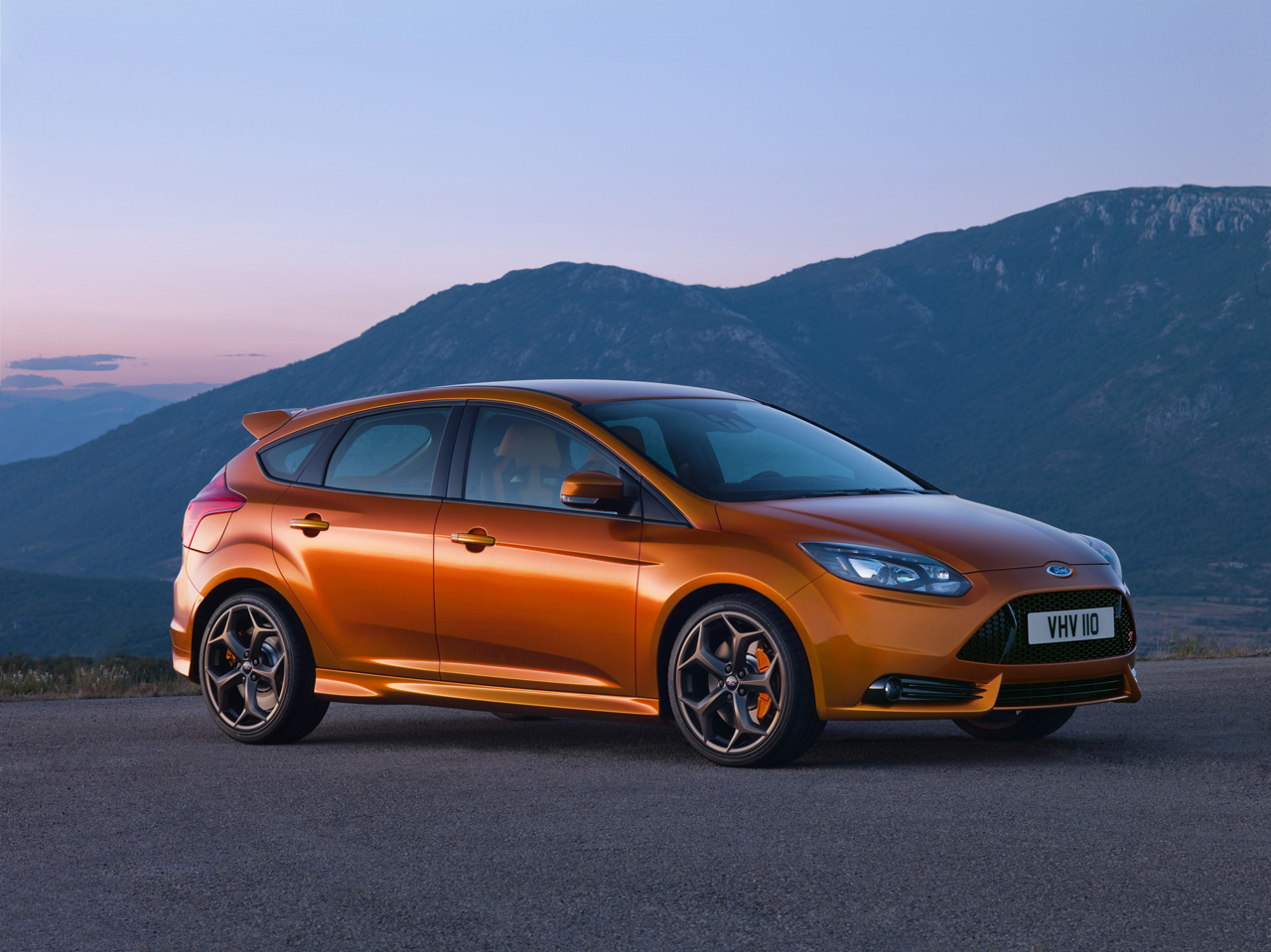 2012_ford_focus_st_press_images_003