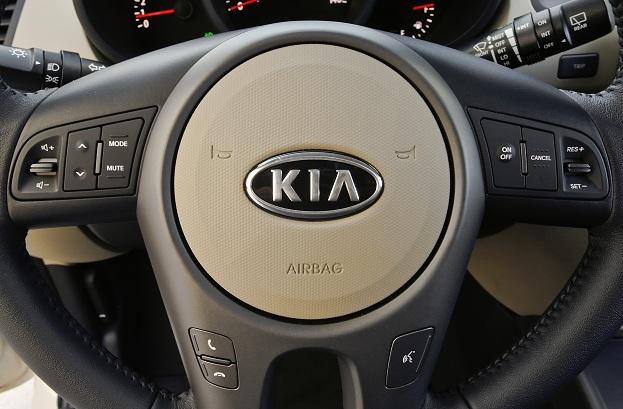 83-2011-kia-soul-wheel