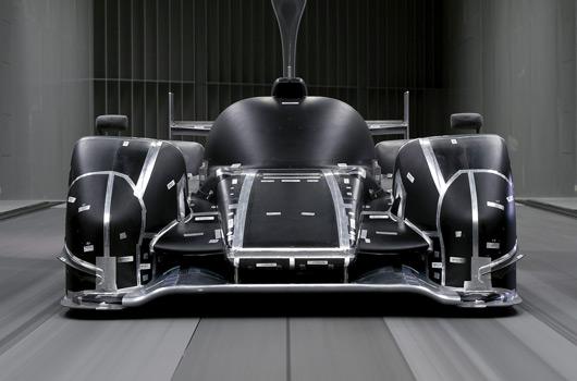 Audi-R18-reveal-03s