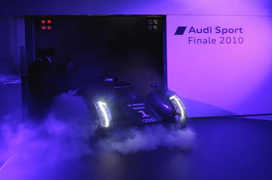 Audi-R18-reveal-05s
