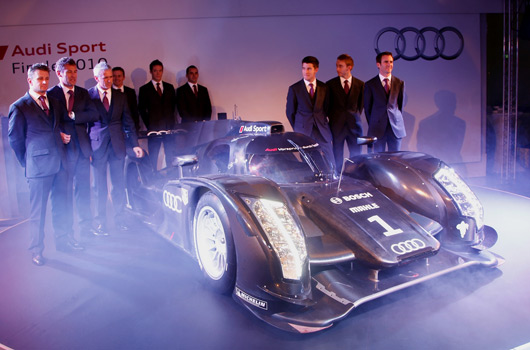 Audi-R18-reveal-06s