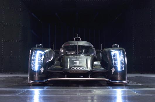 Audi-R18-reveal-07s
