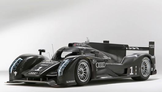 Audi-R18-reveal-08s