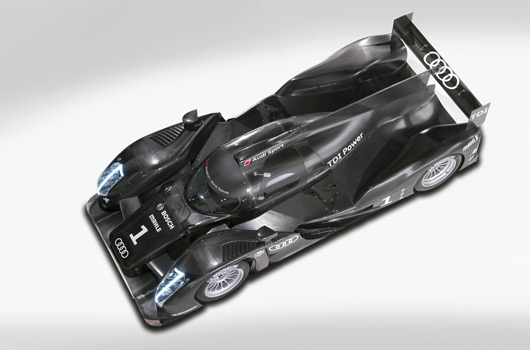 Audi-R18-reveal-14s