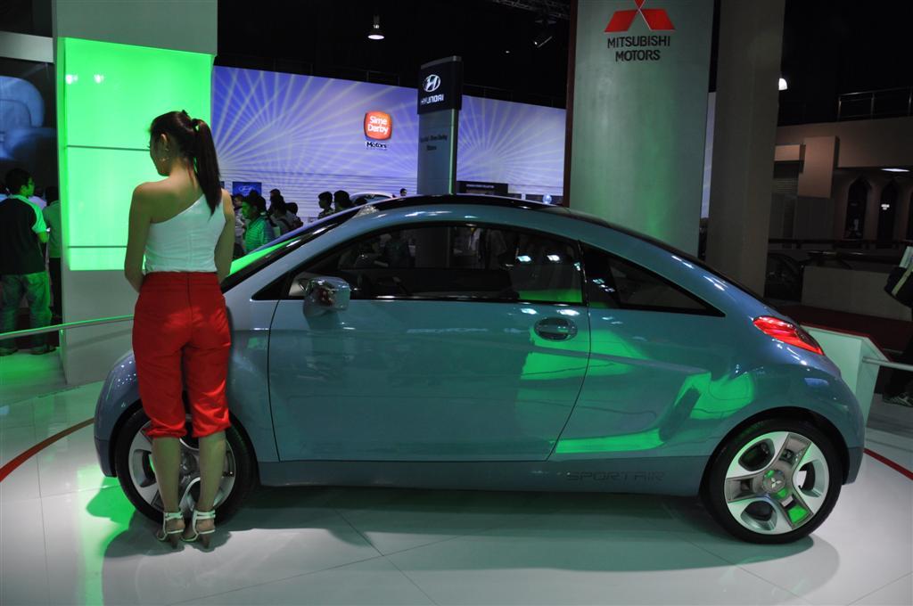 Mitsubishi-i-MiEV-Sport-Air-04