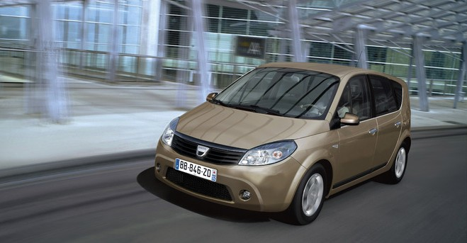 S1-Un-monospace-chez-Dacia-en-2012-207116