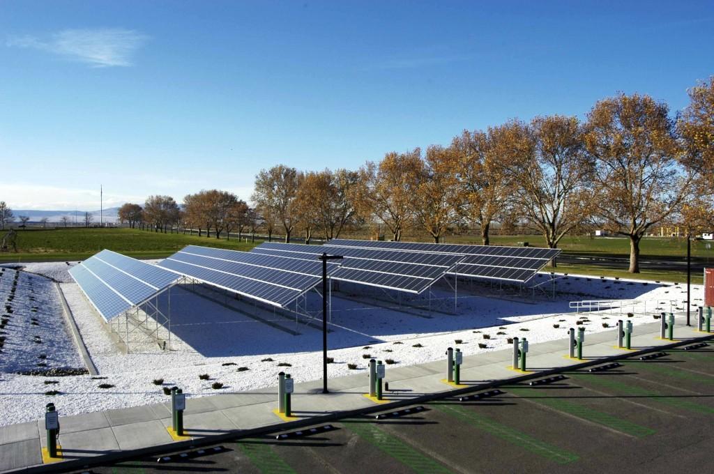 pnnl-solar-charging-stations